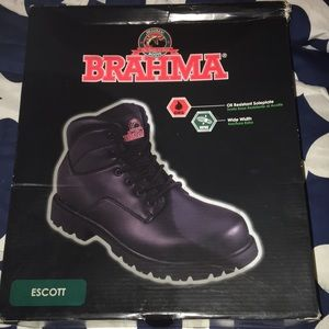 Oil resistant boots